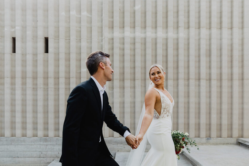 Married couple love Acre wedding Cabo