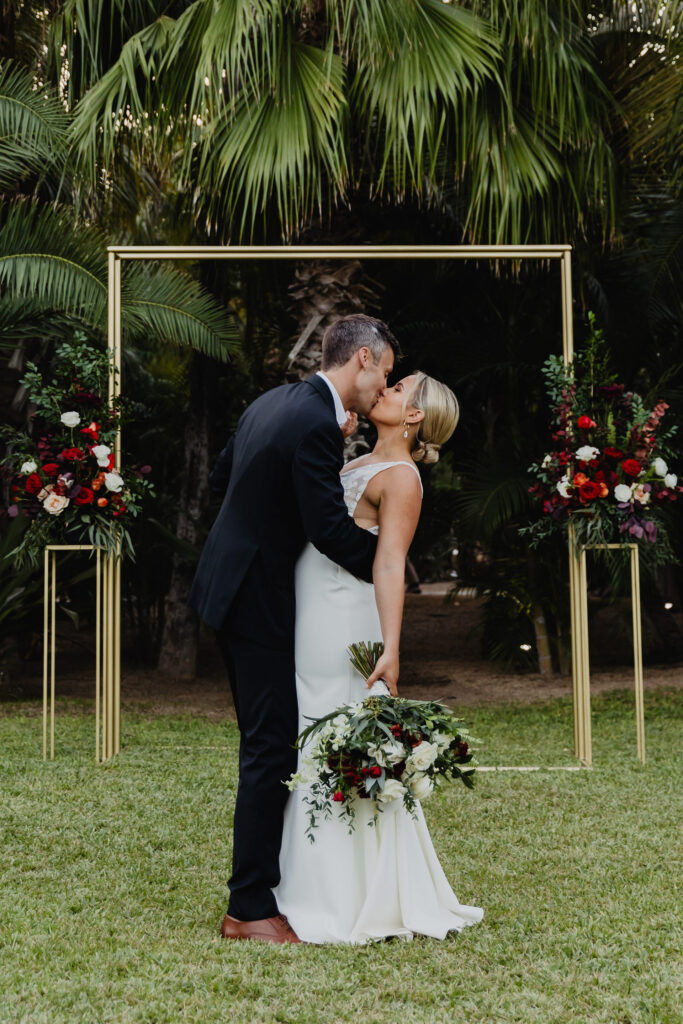 Los Cabos first kiss at ACRE Wedding Planner