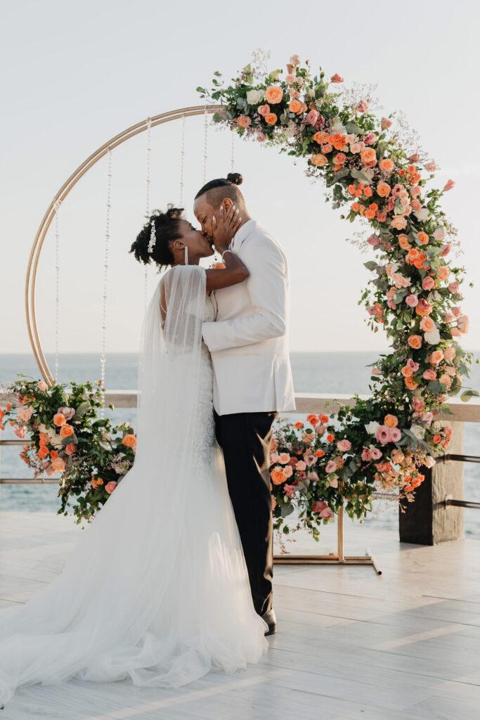Munaluchi bride wedding in Cabo San Lucas